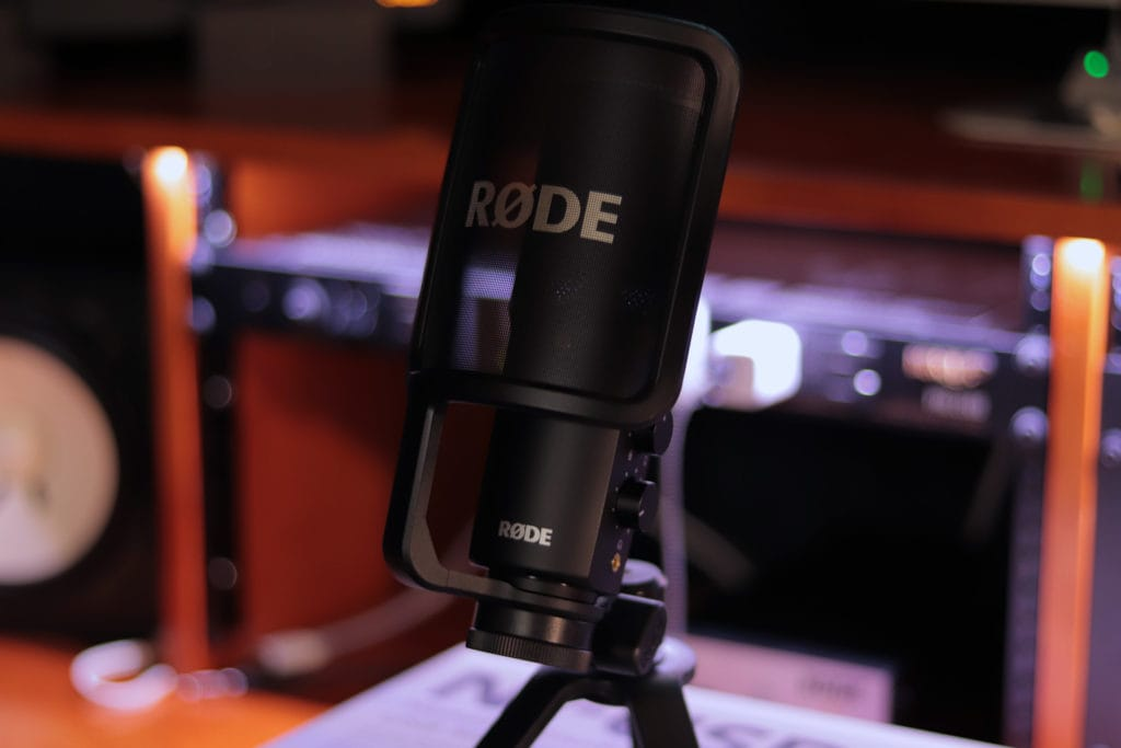 Rode NT-USB Mic Demo Review (Sean Divine)