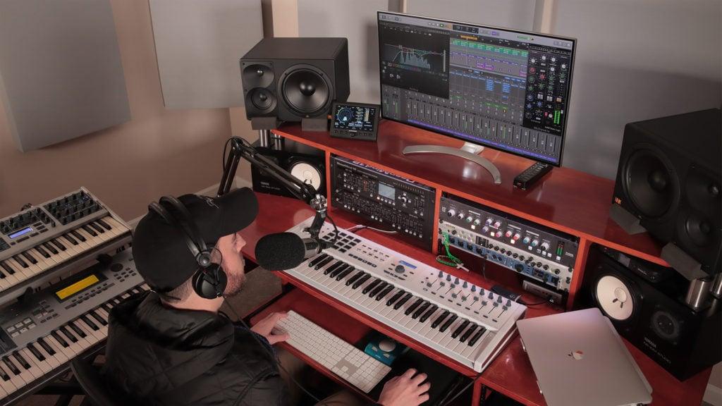 Sean Divine - Studio 2020